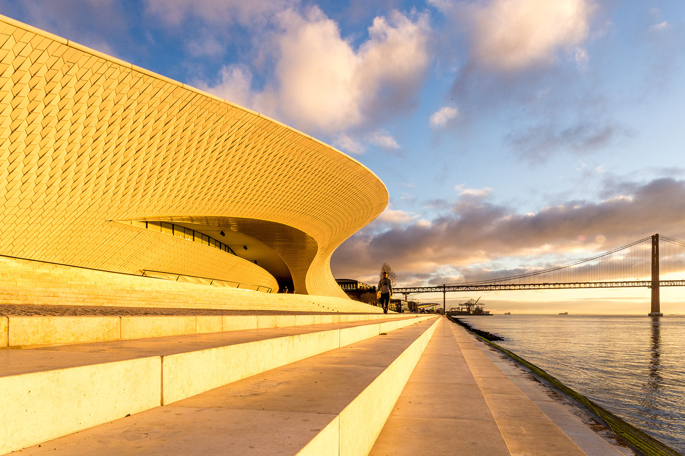 building architecture texture pattern Portugal shapes design Lisbon long exposure gradient