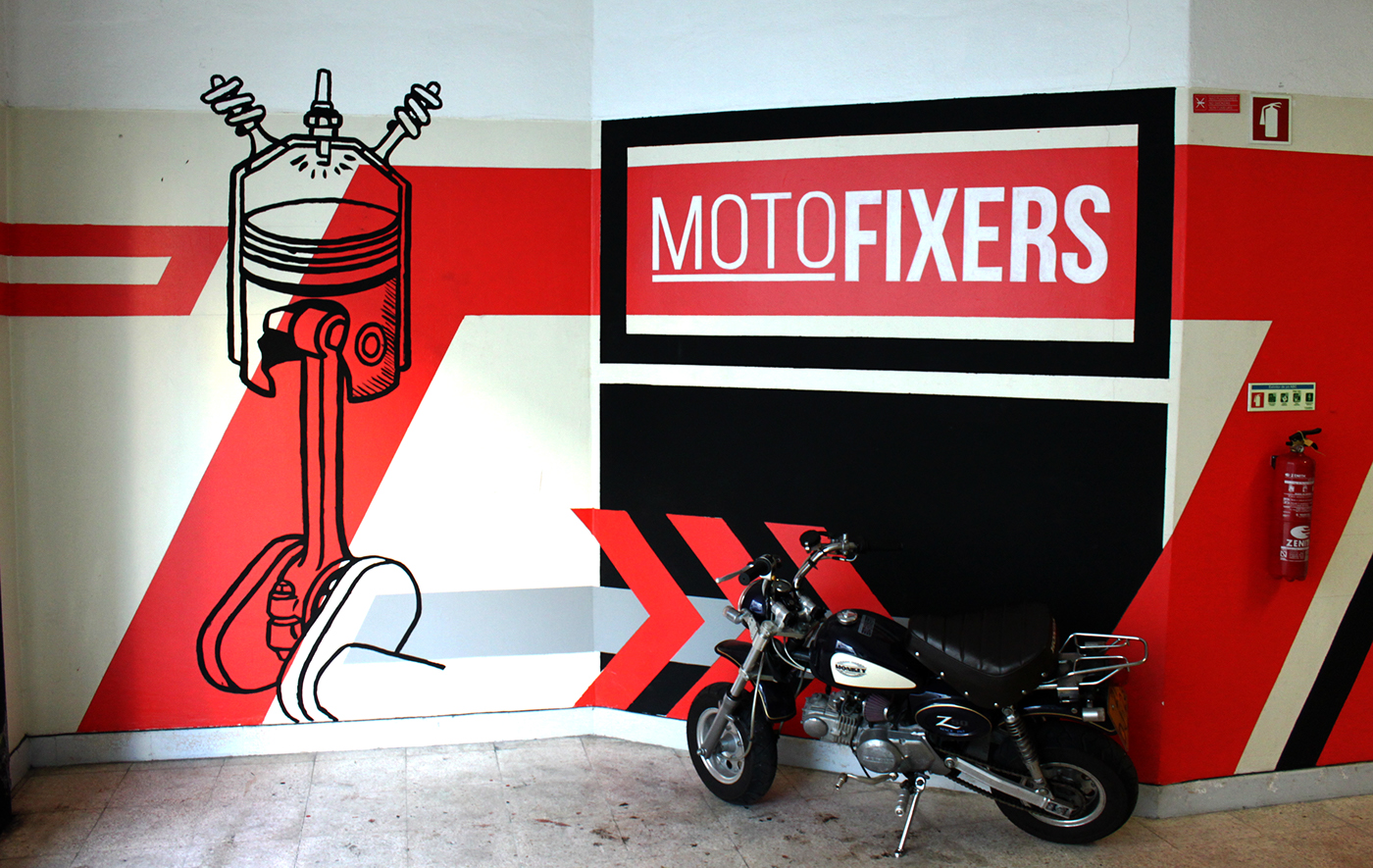 Moto fixers garage wall on behance for Garage moto 91