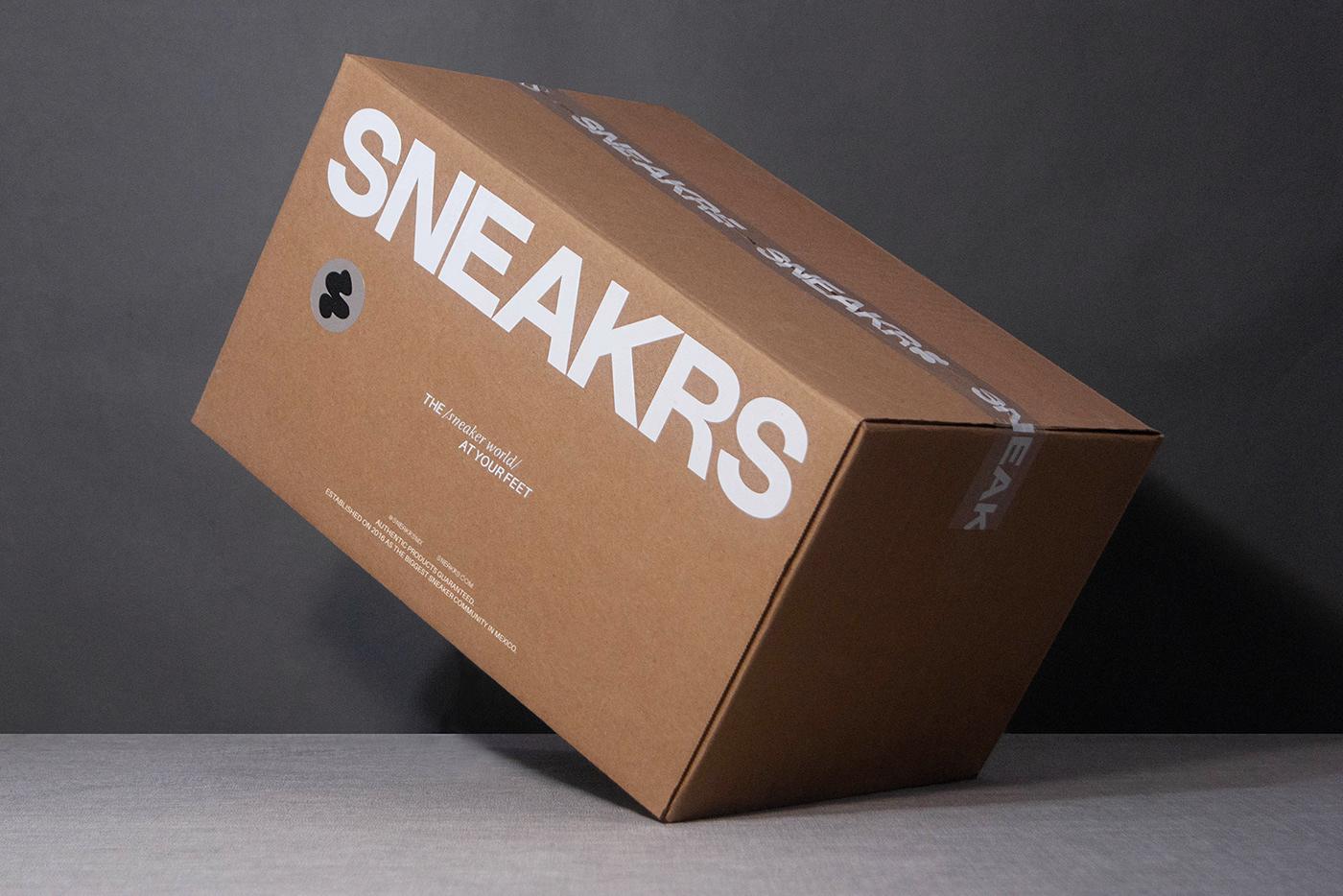 box Ecommerce foil jordan luxury Packaging sneakers store streetwear tech