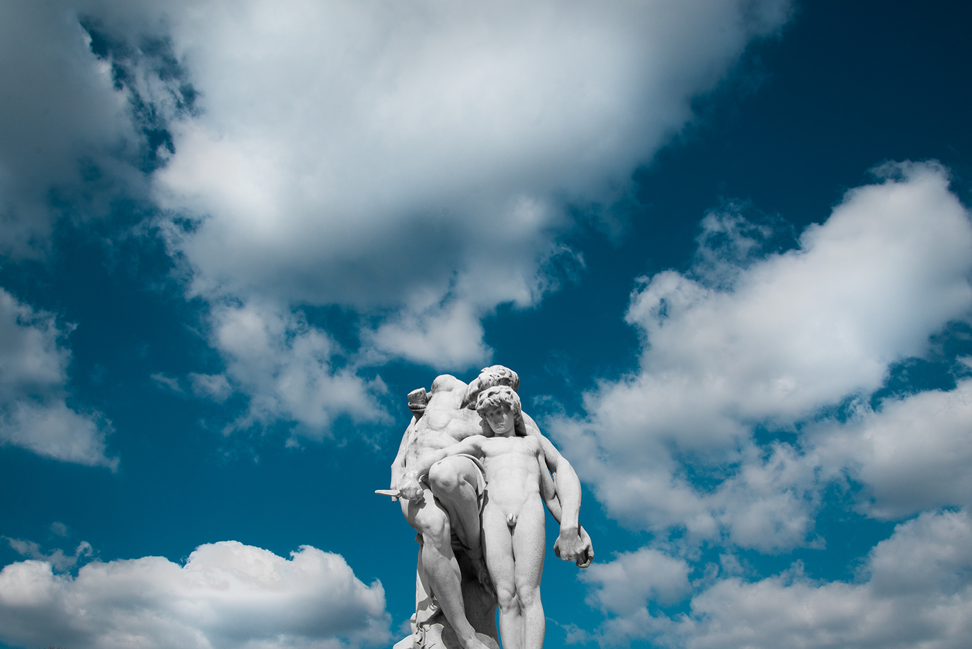 Image may contain: sky, cloud and statue