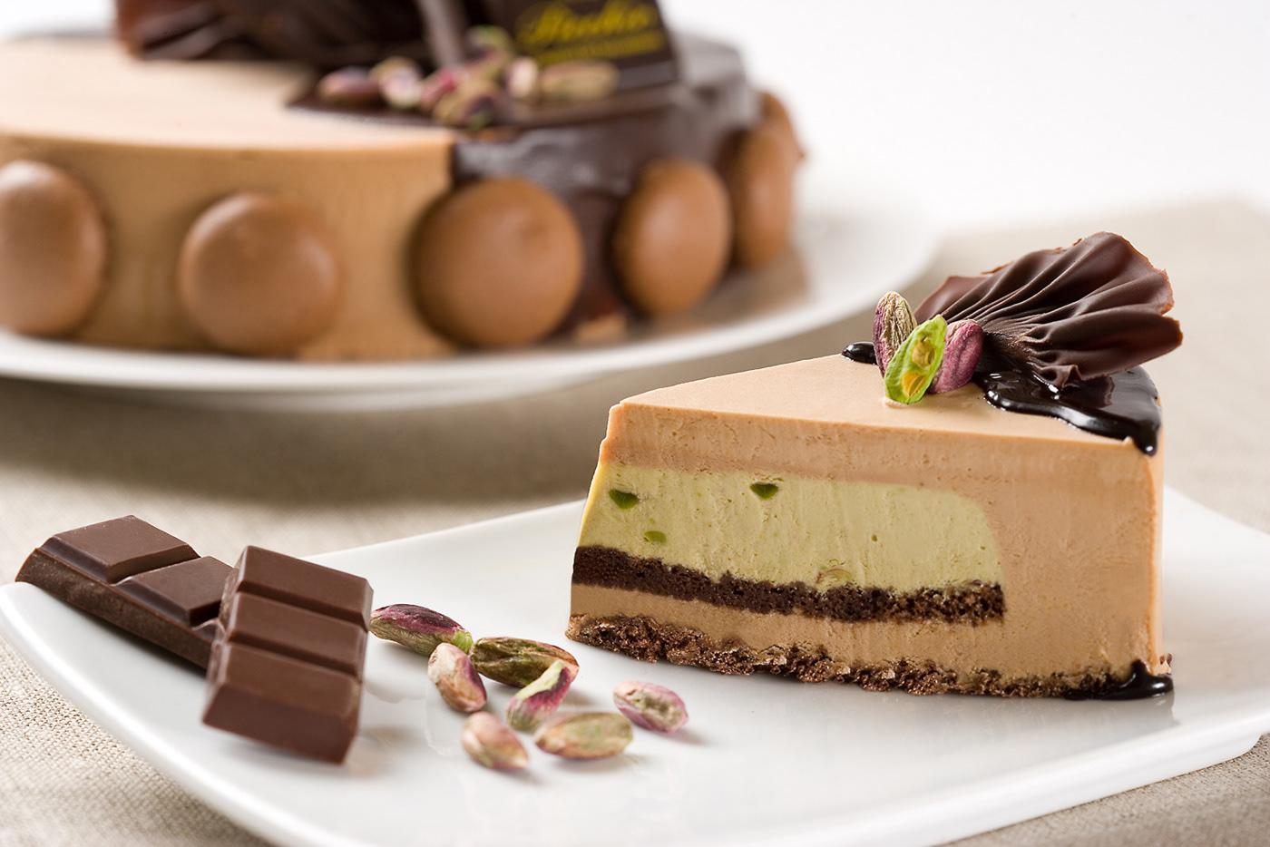 Image may contain: cake, birthday cake and chocolate