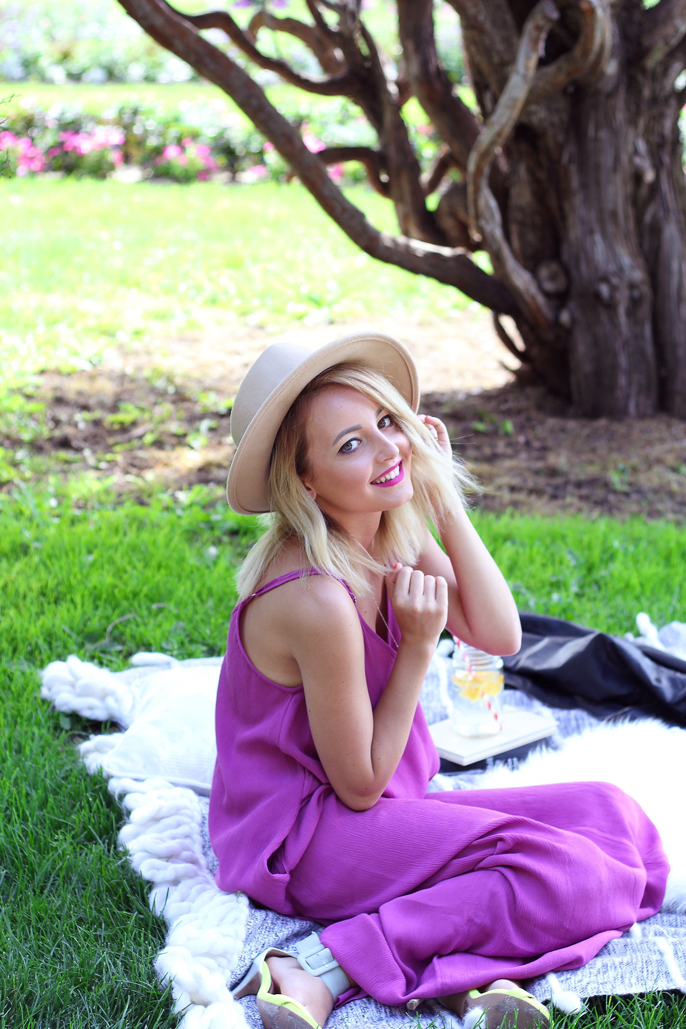Summer Fashion with Blogger in the Garden