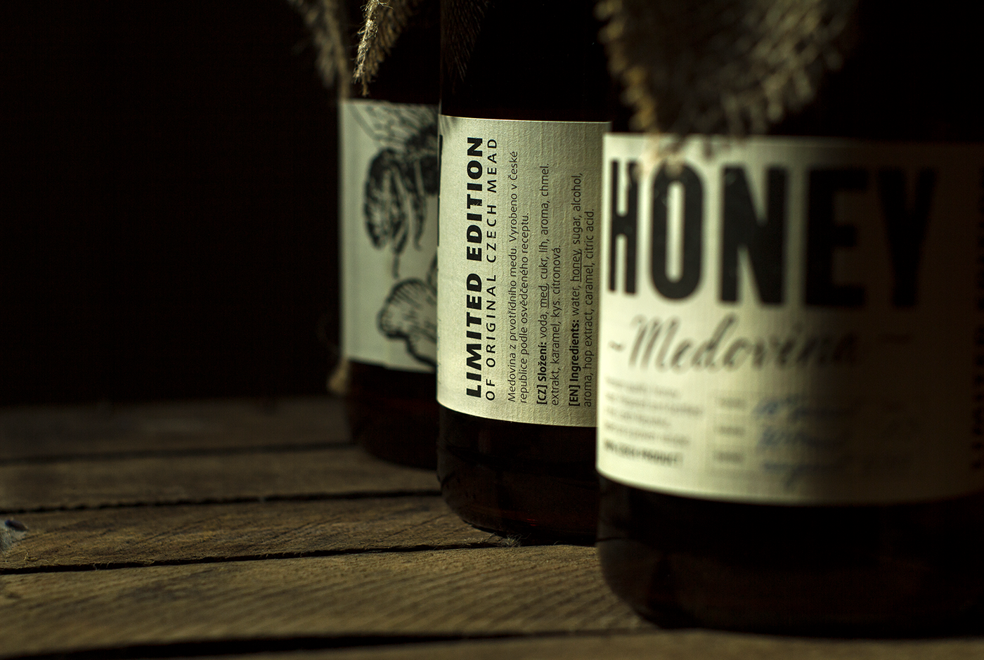 graphic design  design Label alcohol package amoth amothdesign honey mead amothstudio