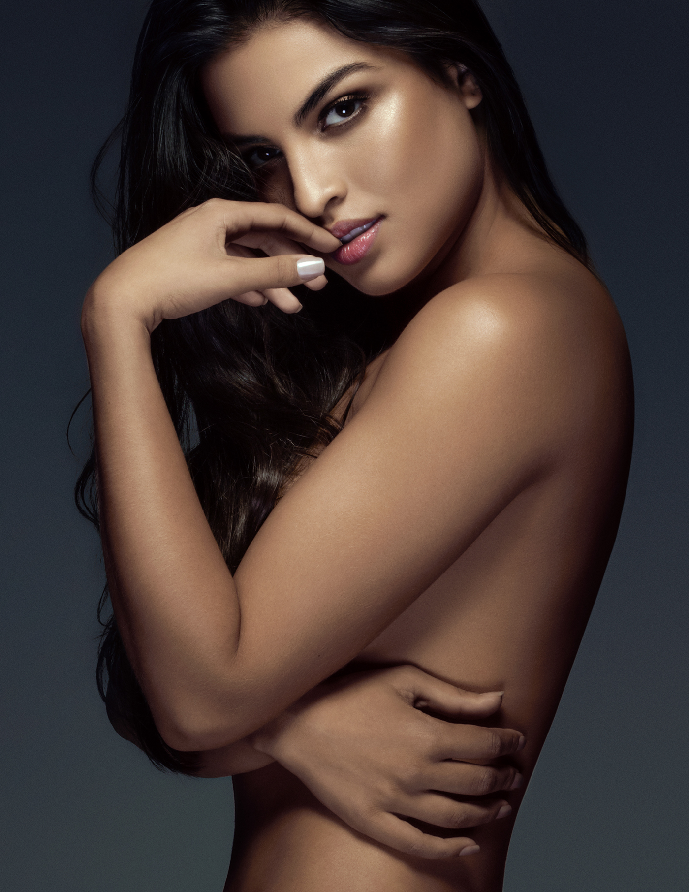 Adobe Portfolio,Fashion ,editorial,beauty,face,retouch,skin,Photography ,makeup,publication