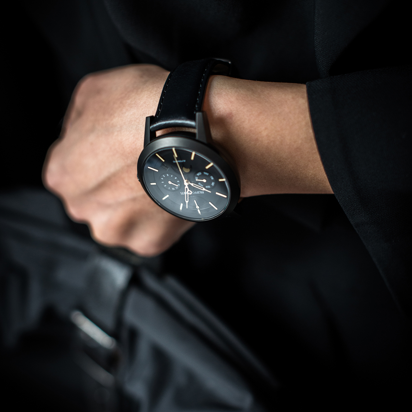 connect whether announced bunch kind that but guess smartwatches one the pocket limited styling review it distinctly when lacking was of smarts thing first style watches were full any traditional original