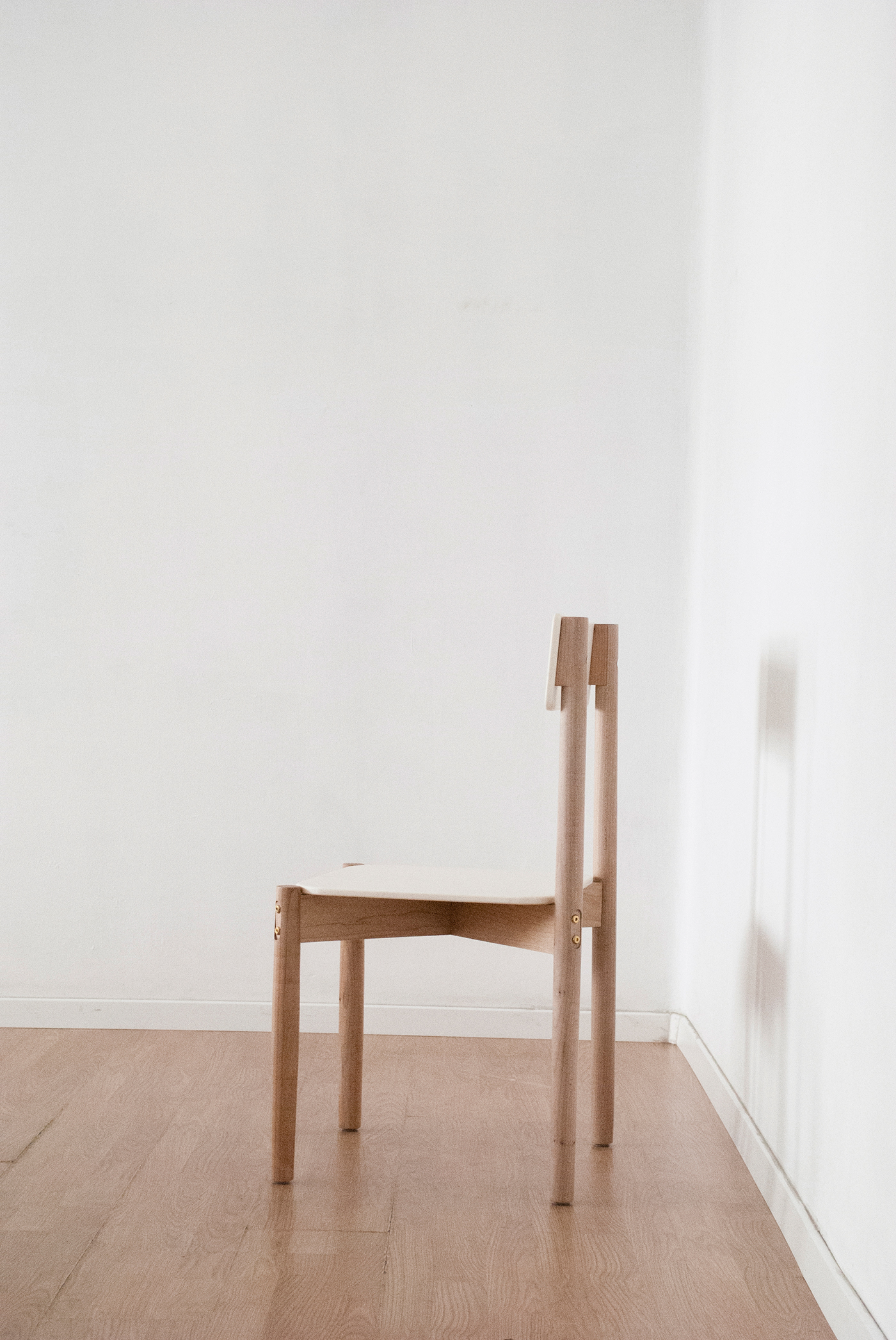 Corian flatpack chair on behance for Flat pack muebles