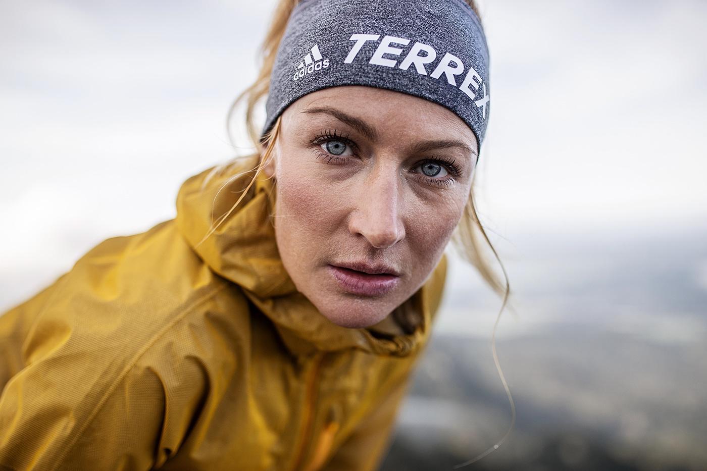 fotograf-sport-zuerich-zalando-adidas-terrex-produktion-trailrunning-commercial-helgeroeske-behance3