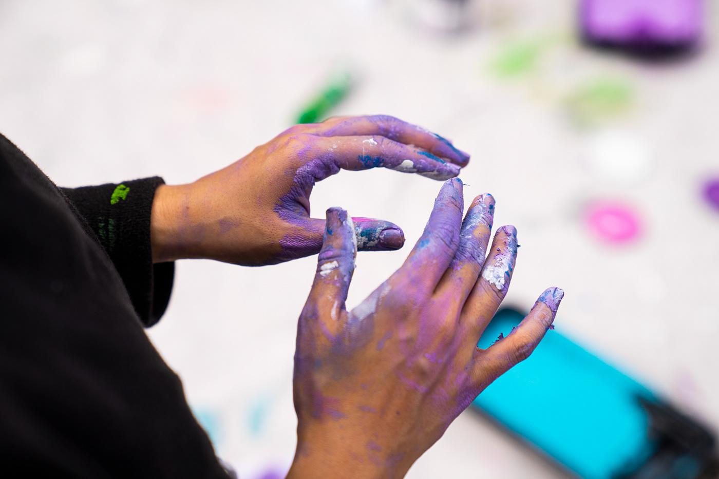 Image may contain: person, hand and nail