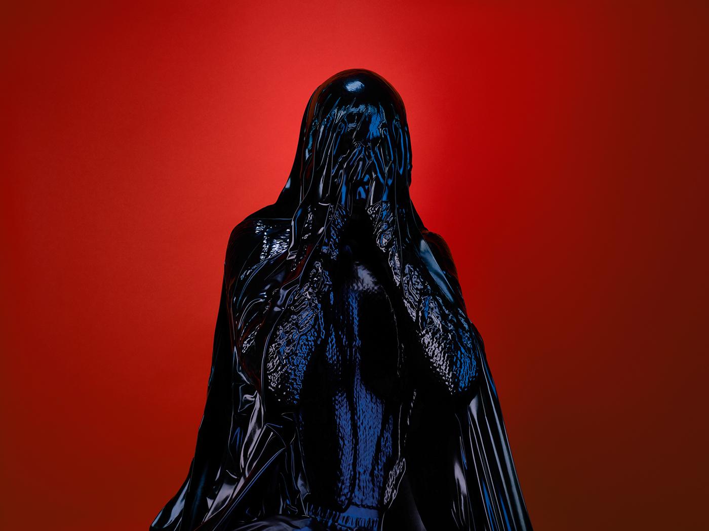 rise,palast,uncertain times,vivid colours,black,violent,SkinDeep