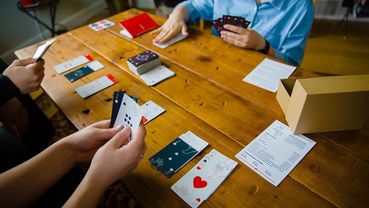 game Canasta hand foot cards cartas juego nupolitan