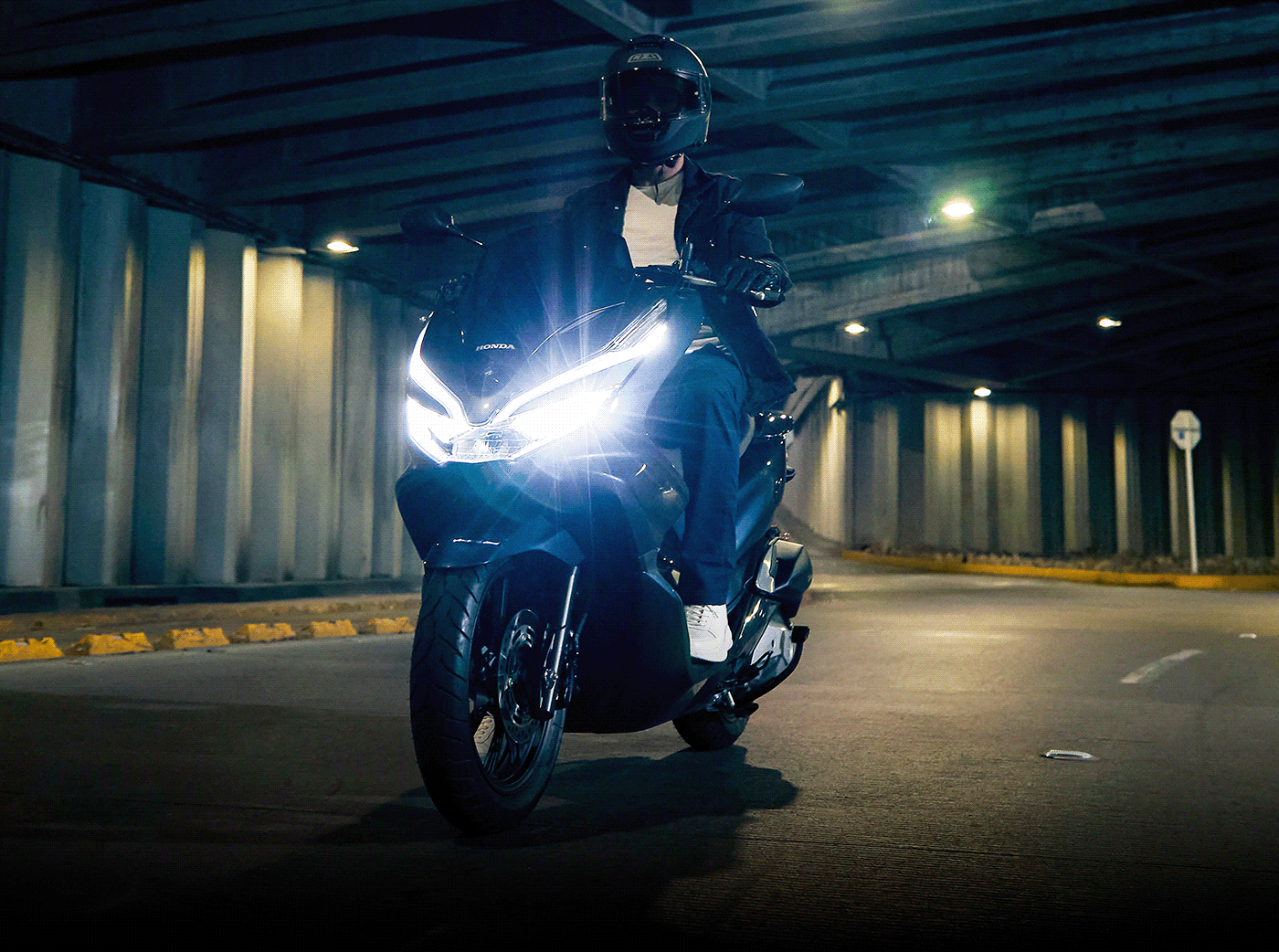 Honda moto motorcycle Motos PCX Photography  photoshoot