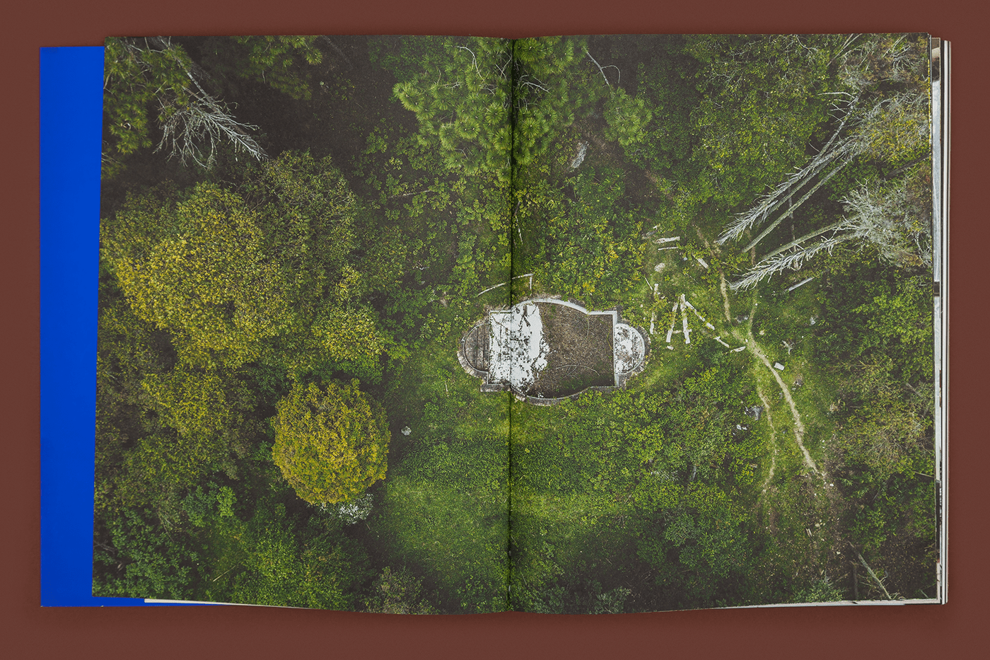 book,interior design ,Photography ,art direction ,typography  ,Brazil,Travel,metal typesetting,paper