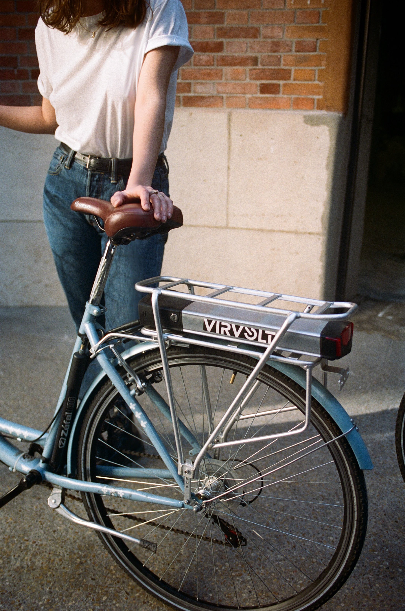 Film   Bike Startup electricity Bicycle Paris portra girls mobility france