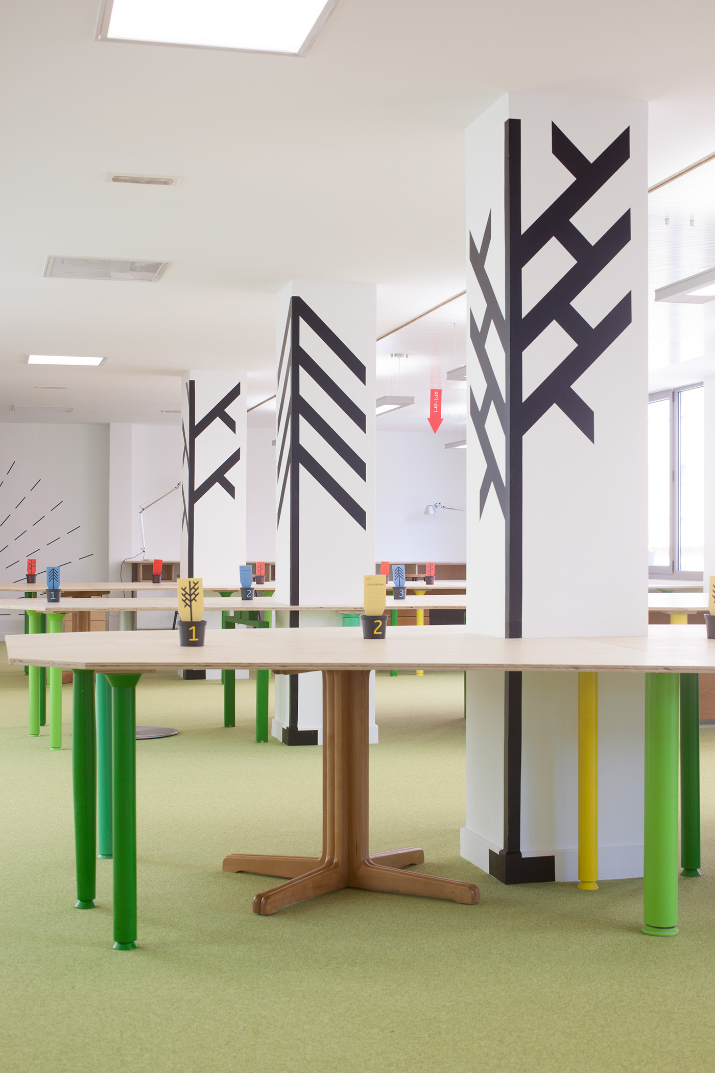 Signage Co Working graphic Decorative interior Office Design bilbao enviromental