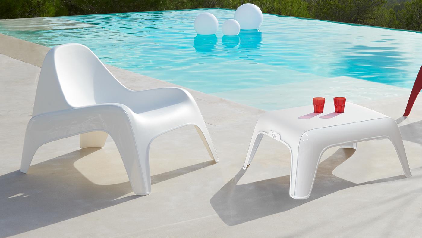 Plastique150 on behance - Table basse coloree ...