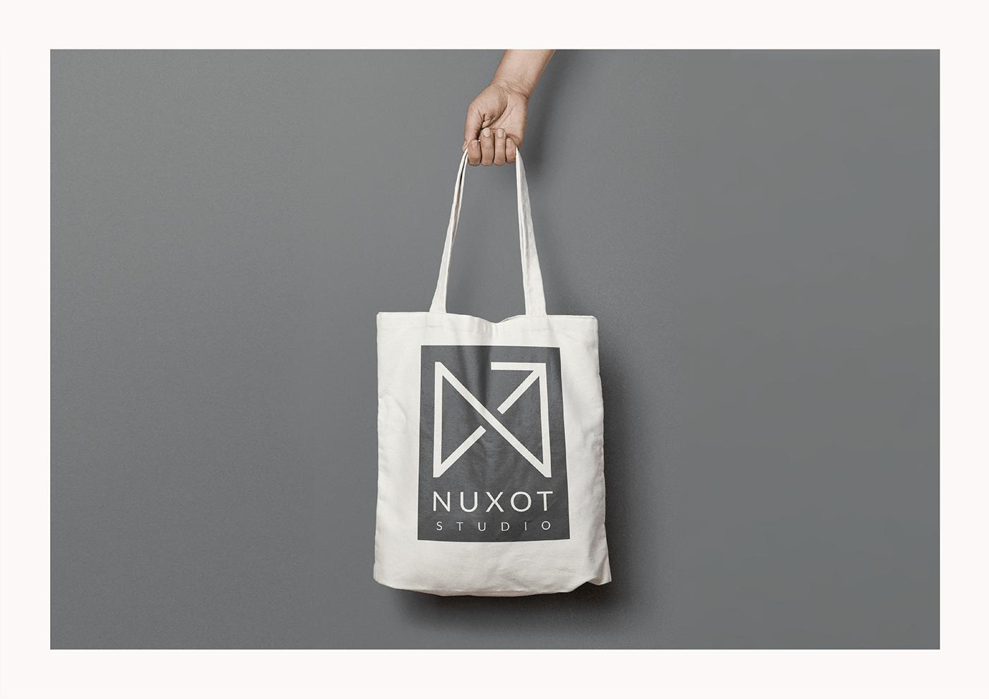 Aplicación del logotipo a una Tote Bag
