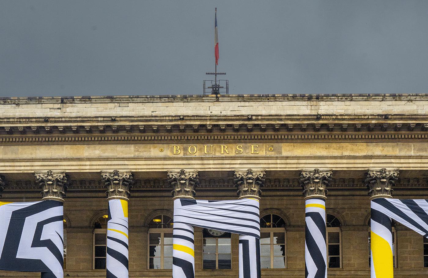 column contemporary dazzle graphic ILLUSTRATION  minimal monument optical Paris Street Art