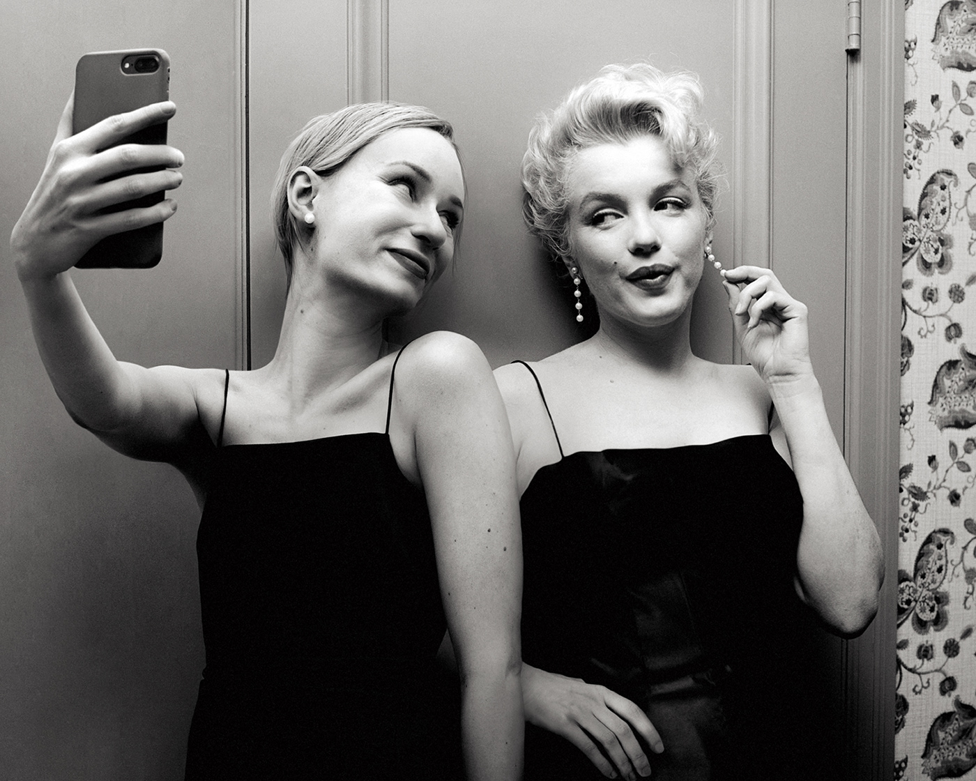 time travel photoshop photomanipulation selfie self portraits female artist conceptual