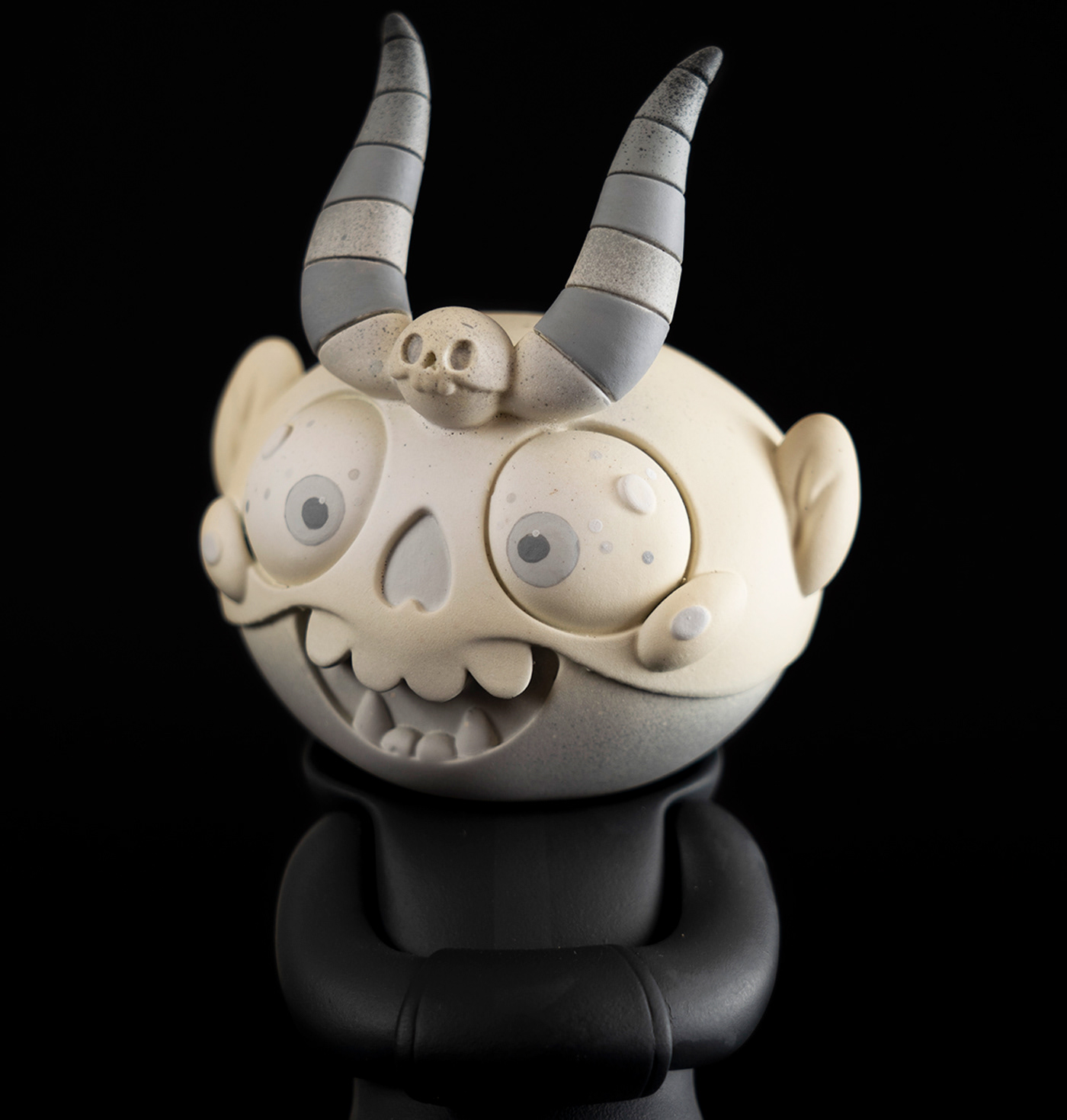artoy Character characterdesign colors quics resintoy skull toy toys