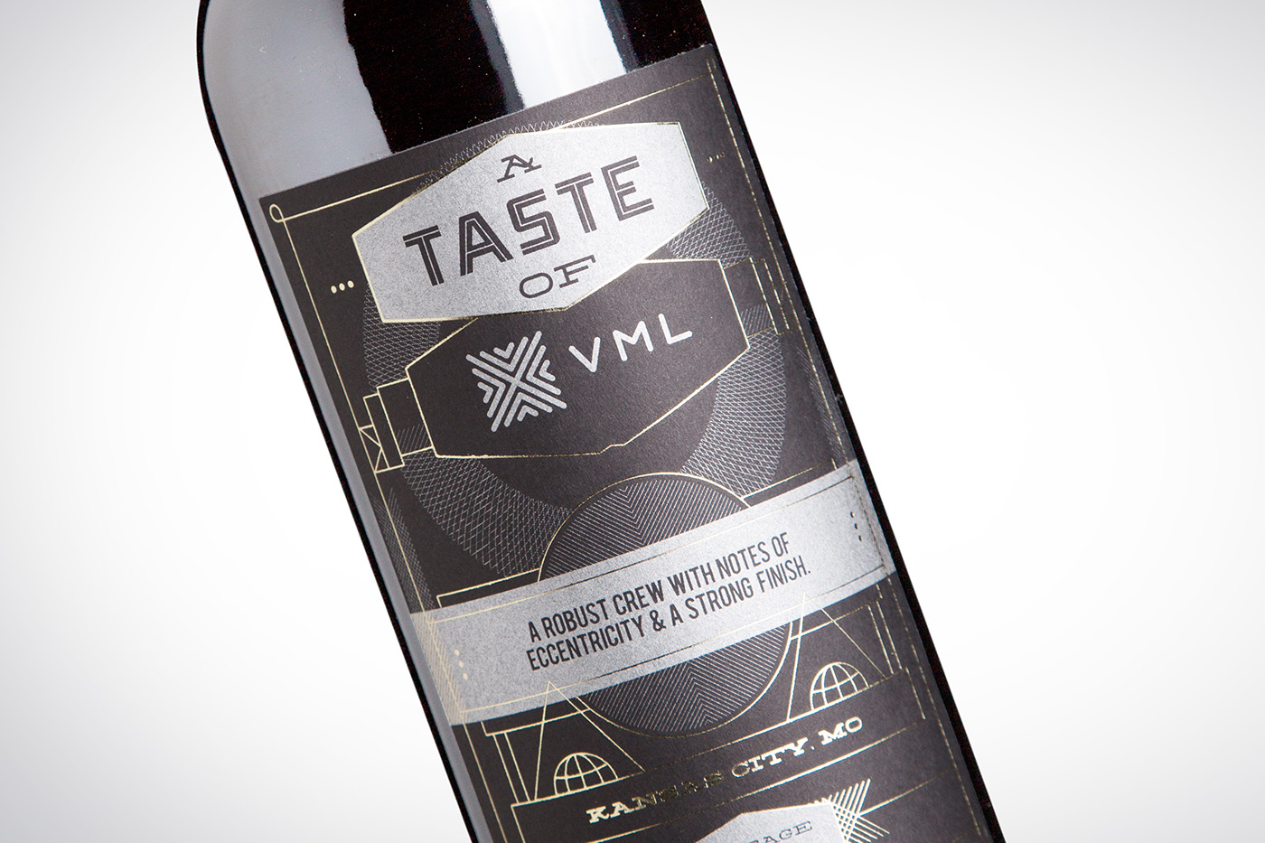 VML, Western Union,Desgin,wine,paralax,Wine Bottle,Wine Packaging,packaging design,10 year anniversary,Self Promotion,gift,Wine gift,wine label