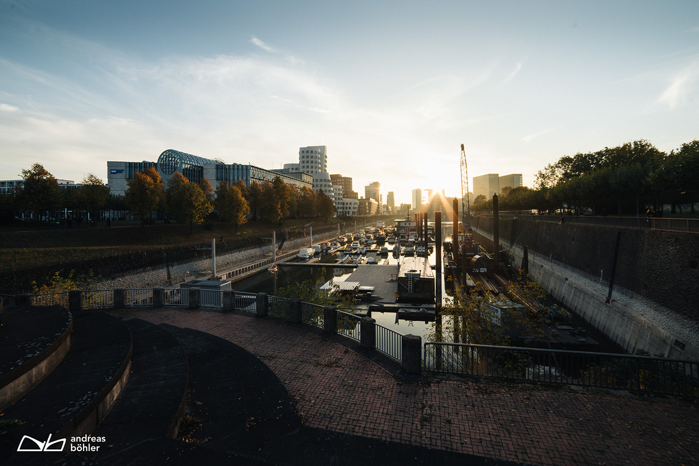 Photography  city modern sunlight Sunflare digital photography  retouch architecture portrait people