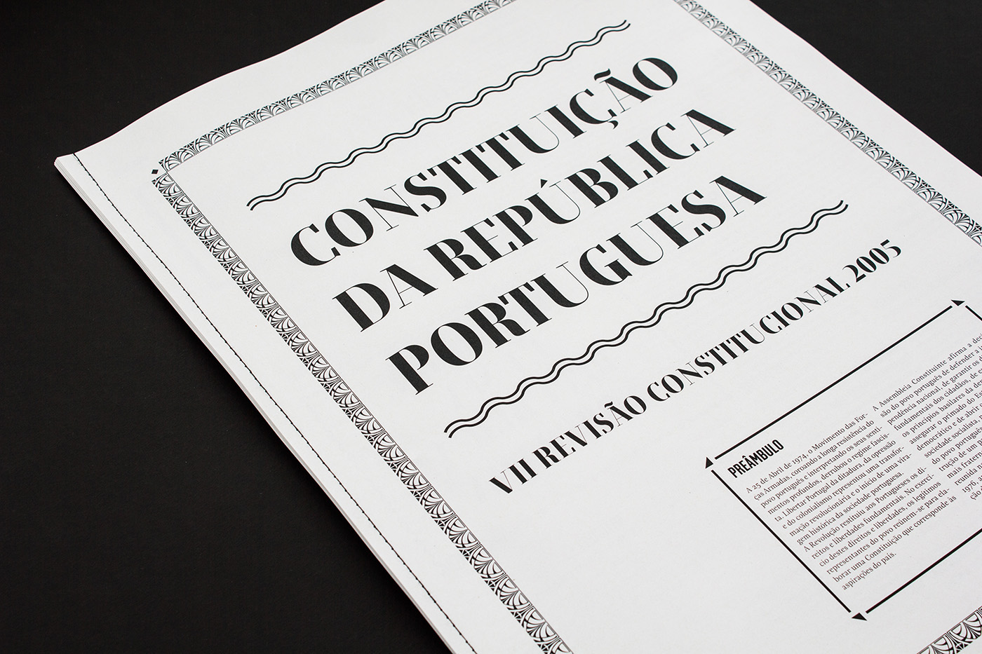 newspaper journal jornal Constitution Portuguese Constitution CRP editorial another another collective