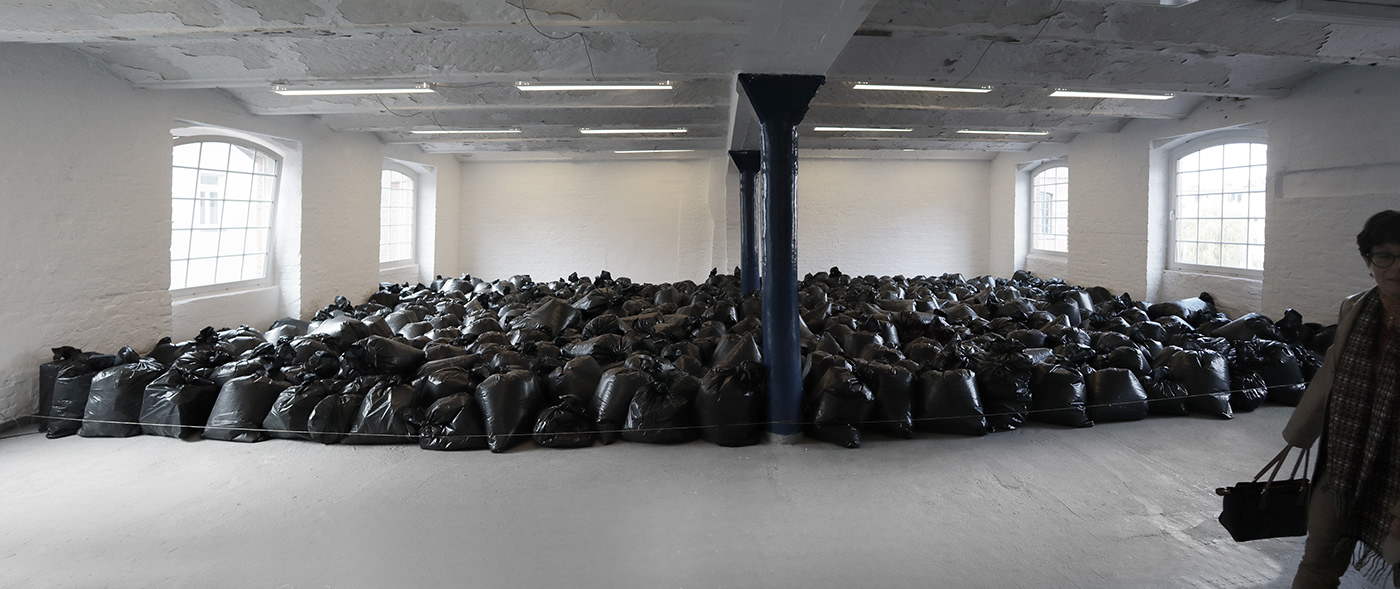 the krank berlin Art Installation contemporary art kunst art Berlin art Urban Artist  climate crisis minimal art