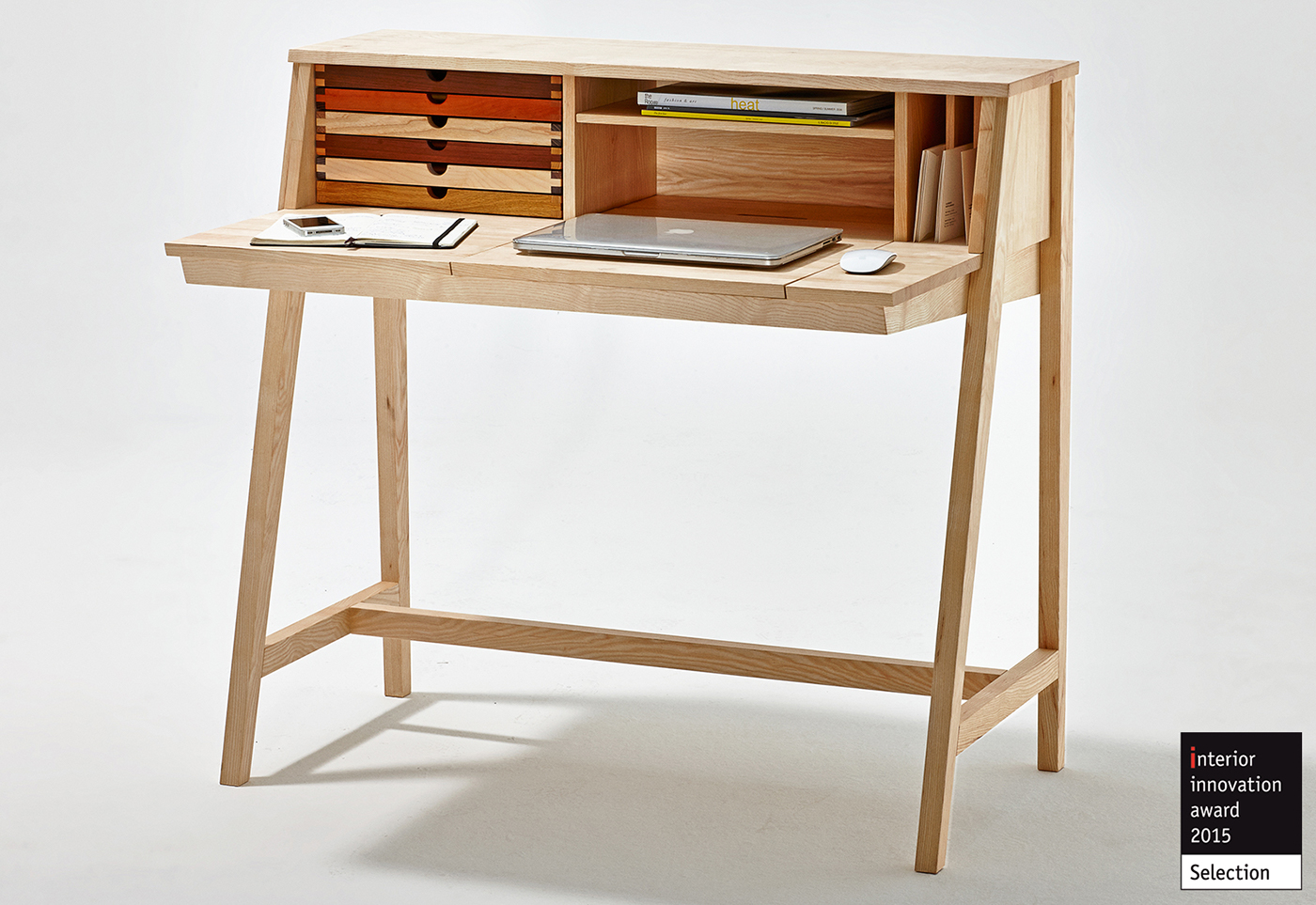 Sixtematic Belle 2 1 Make Up Stand Amp Writing Desk On Behance