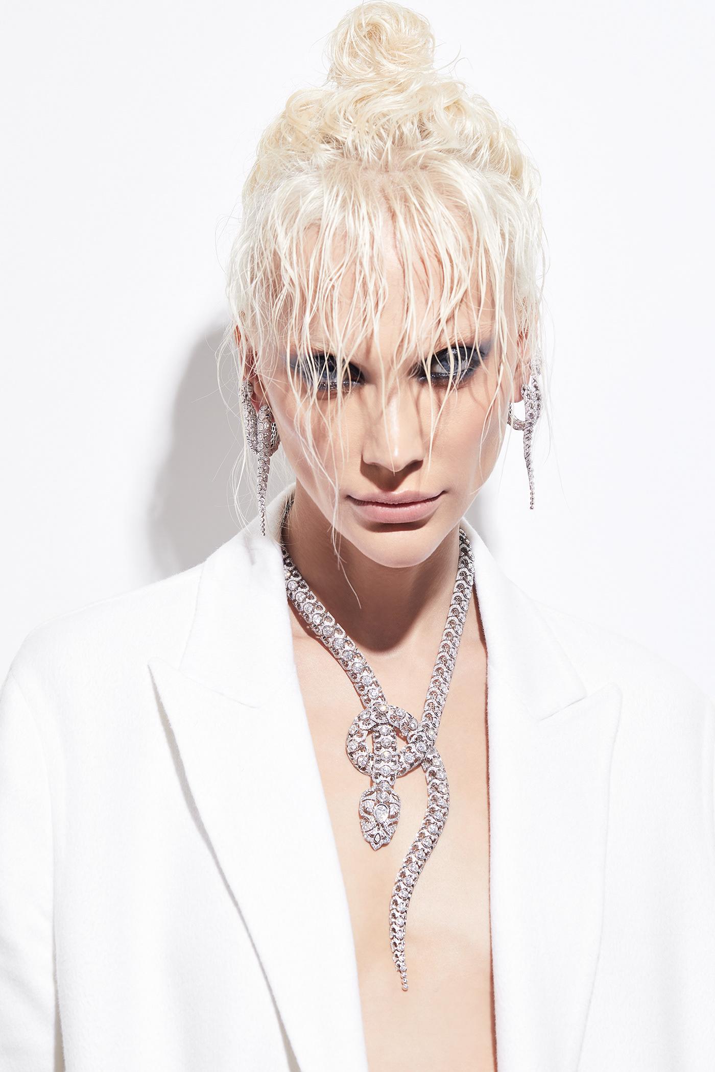 beauty Bijou diamonds emerald high jewelry jewelry joailler