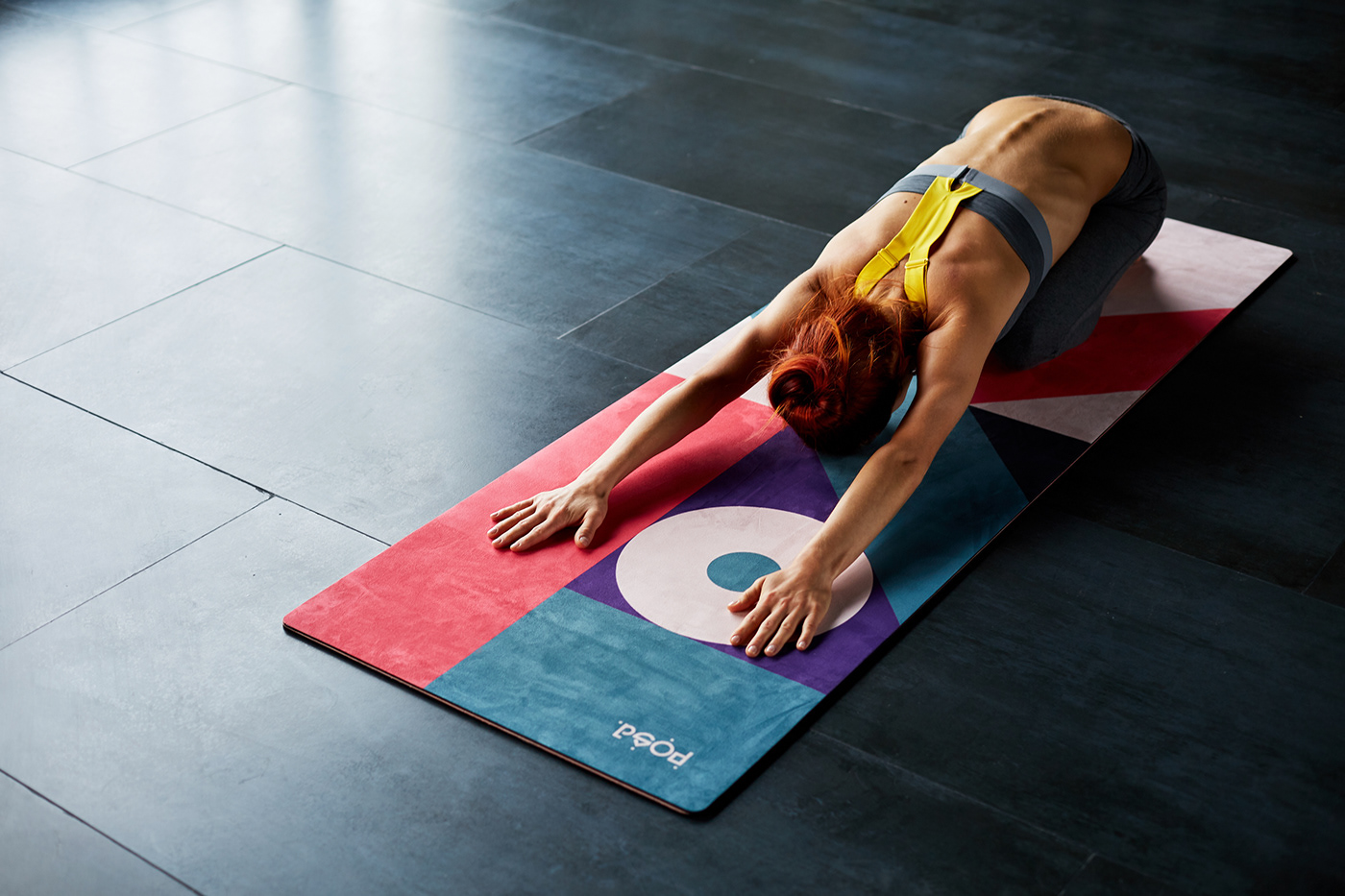 identity Yoga fitness yogamat landing page package Packaging