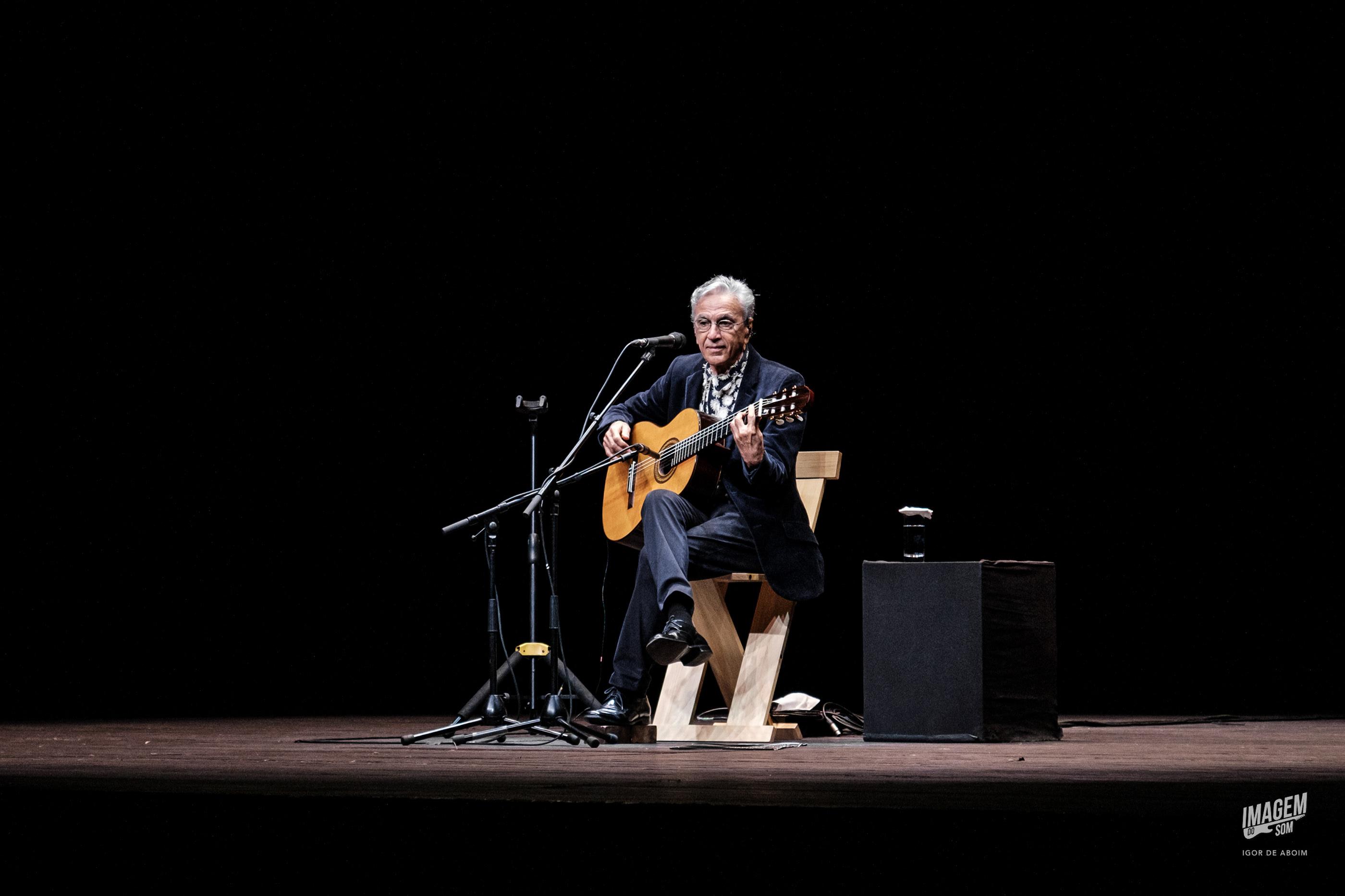 Caetano Veloso faz magia no Coliseu do Porto