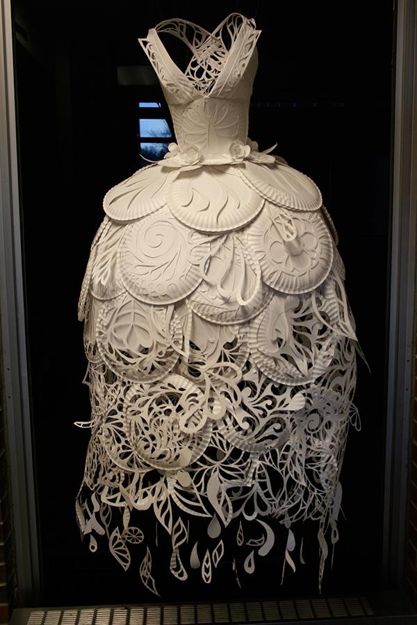 Paper Plate Dress on Behance