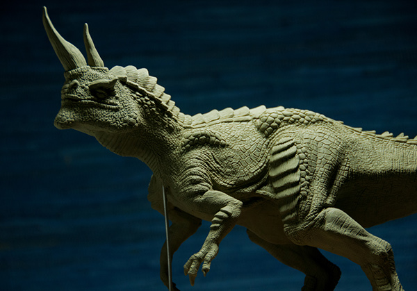 how to make a dinosaur model out of clay