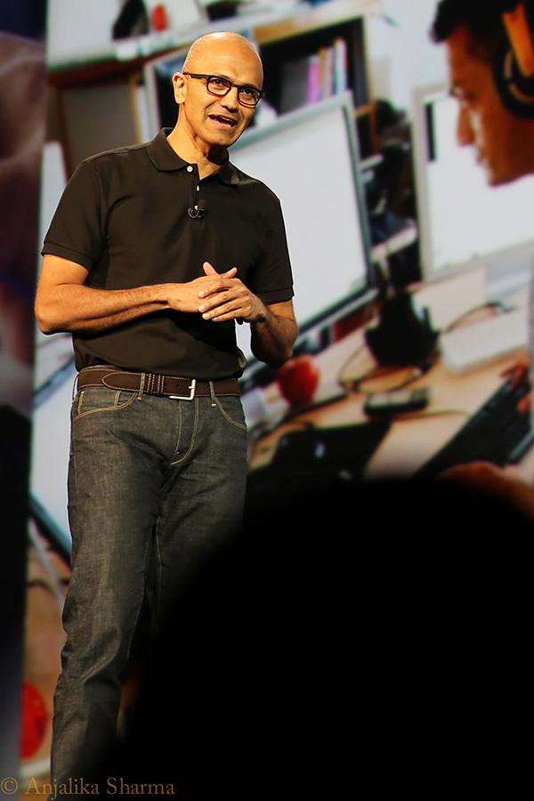 Adobe MAX keynotes Shantanu Narayen David Wadhwani Satya Nadella scott belsky ami vitale Jason Sieler Weird AL Lee Hirsch John Warnock James E daley Ann Lewnes Jason Gordon-Lewitt