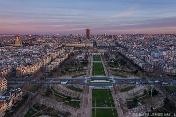parigi-ville lumiere-Champ-de-Mars