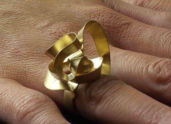 jewels ring design gold modern jewels curves