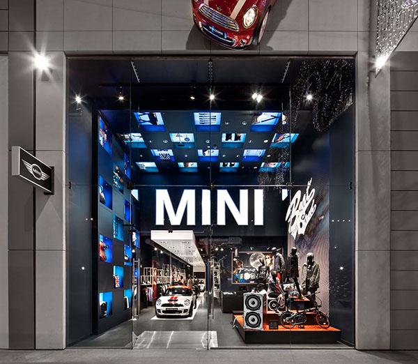 Retail Store Design Job Description: MINI Pop-Up Store London Westfield On Behance