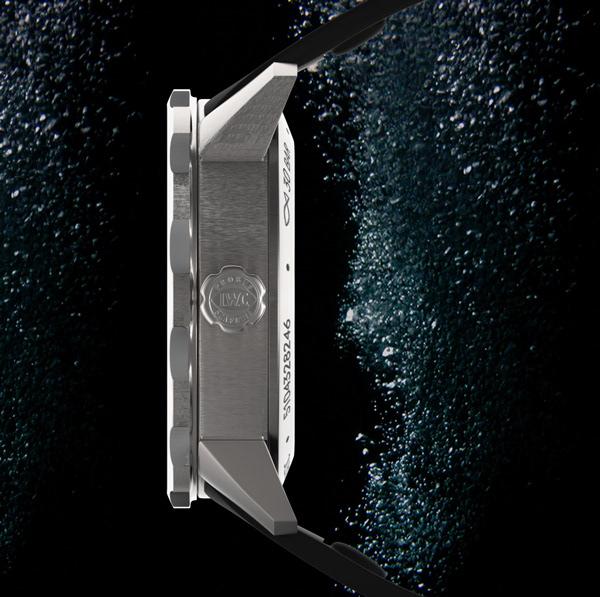 3D modeling rendering Advertising  keyshot polygon watch luxury
