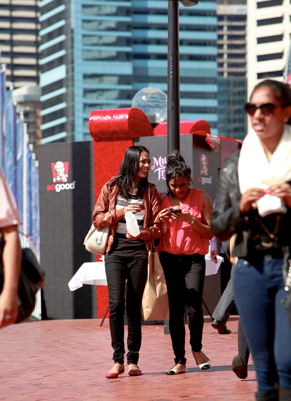 environmental design KFC Mother's Day Photobooth photo darling harbour sydney present giant box