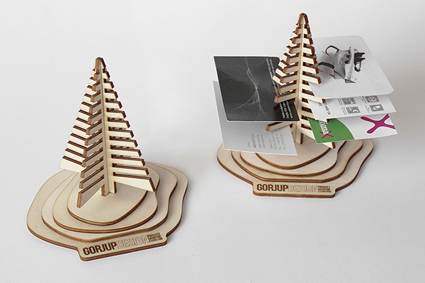 The Whole Package Consisted Of Laser Cut And Engraved Wooden Plate Christmas Greeting Card With Custom Designed Assembly Instructions On Back Side