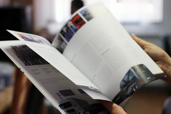 annual report magazine newspaper photoediting