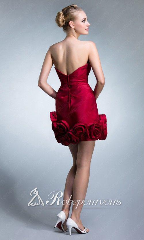 robe de soir e rouge pour no l on behance. Black Bedroom Furniture Sets. Home Design Ideas