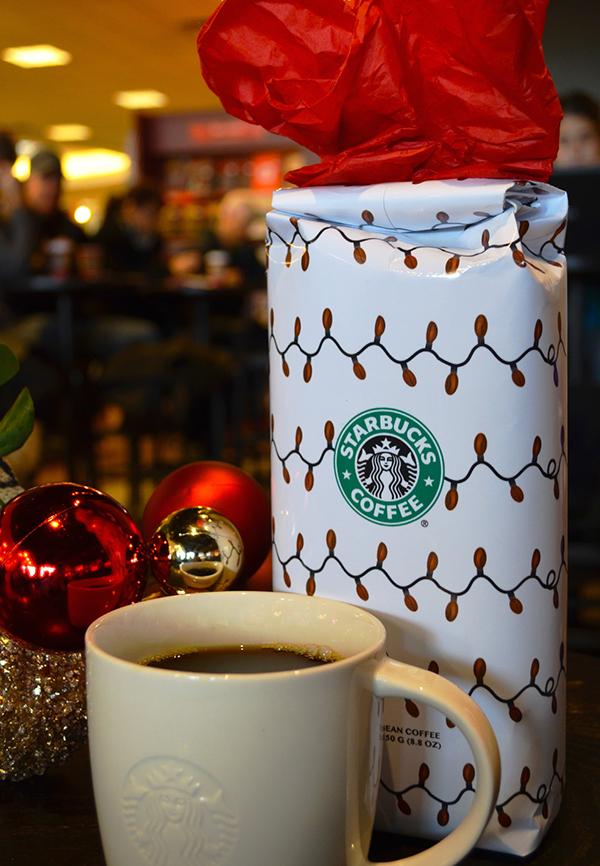 Starbucks Christmas Coffee.Package Design Starbucks Christmas Blend On Behance