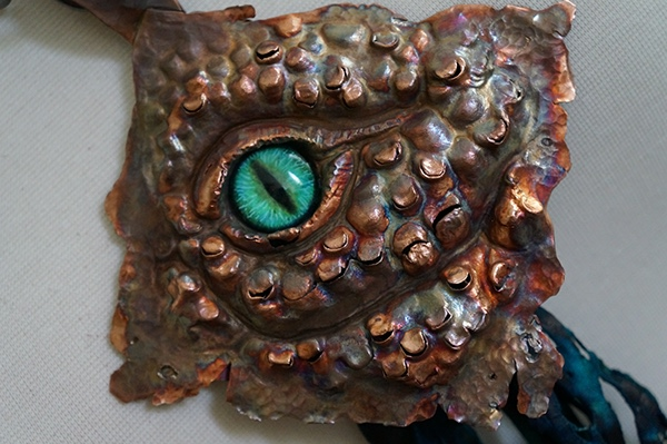 Necklace reptile shedding molting copper leather eye