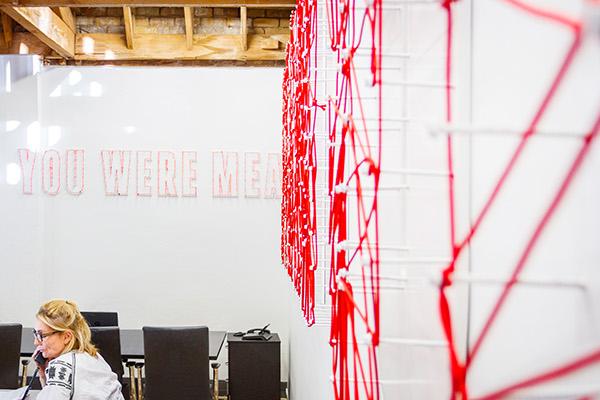 ogilvy mather new zealand office on wacom gallery. Black Bedroom Furniture Sets. Home Design Ideas