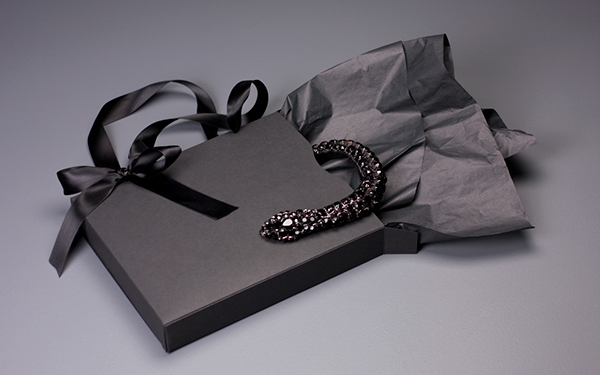 Vera Wang Jewelry Packaging on Behance