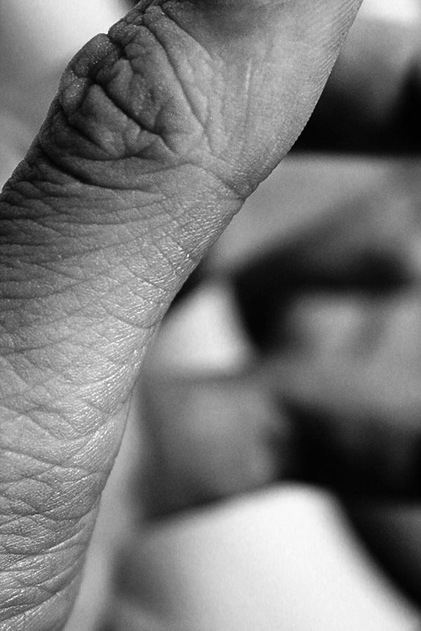 hands,blackandwhite,SAIC,chicago,detail