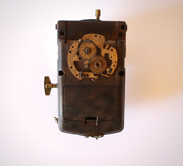 gameboy STEAMPUNK machinery clock toy acrylic paint
