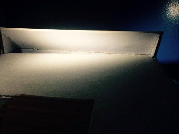 Caja de luz on los andes portfolios for Persiana claraboya