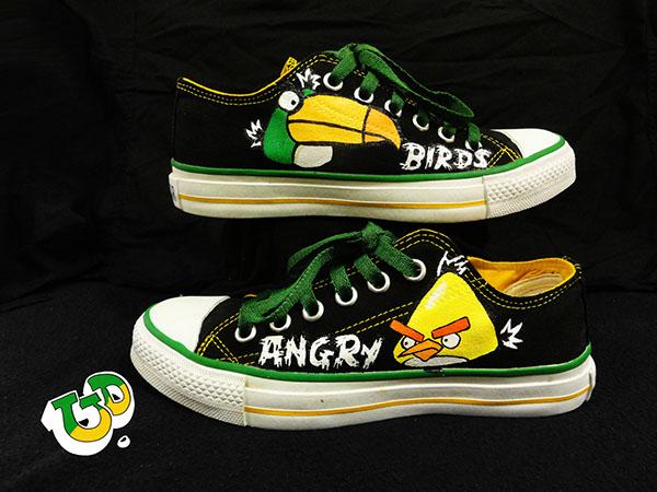78566de5e493 angry bird custom made converse !!!
